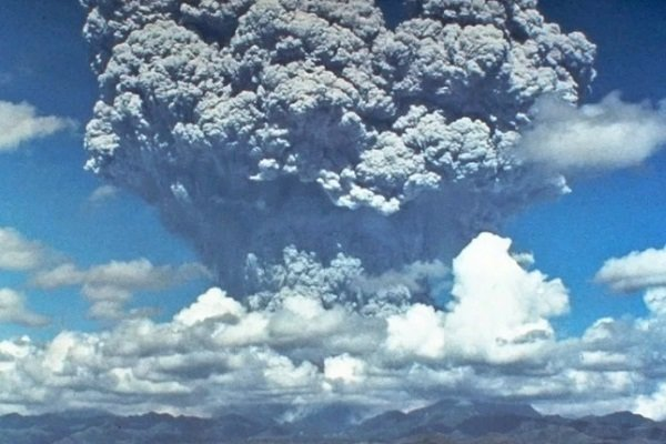 Извержение вулкана Пинатубо, Филиппины
