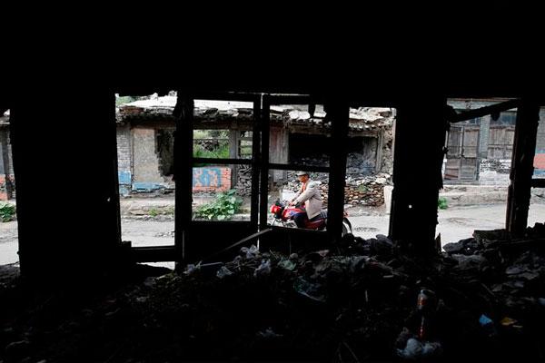 Деревня в провинции Шэньси уходит под землю.