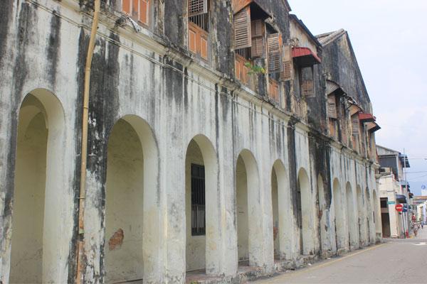 Улицы Джорджтауна построенные во времена колониального владычества в Малайзии.