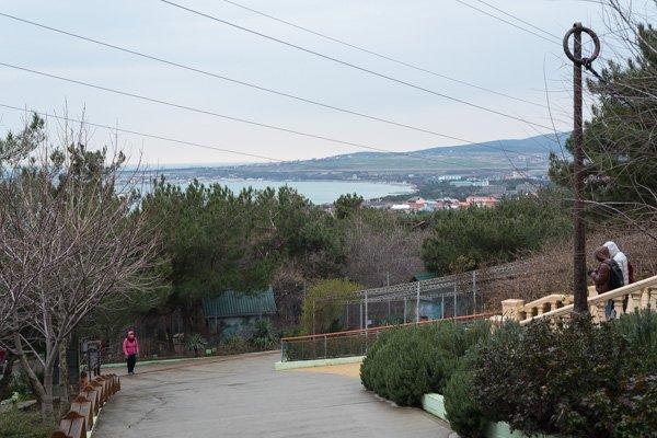 Вид с территории «Сафари-парка» в Геленджике