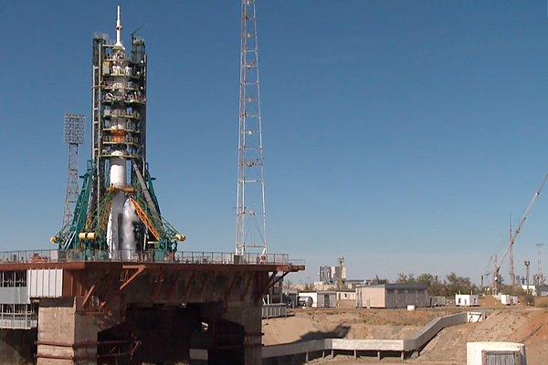 Ракета «Союза МС-10» на стартовом столе