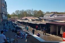 Пожар на рынке в Геленджике