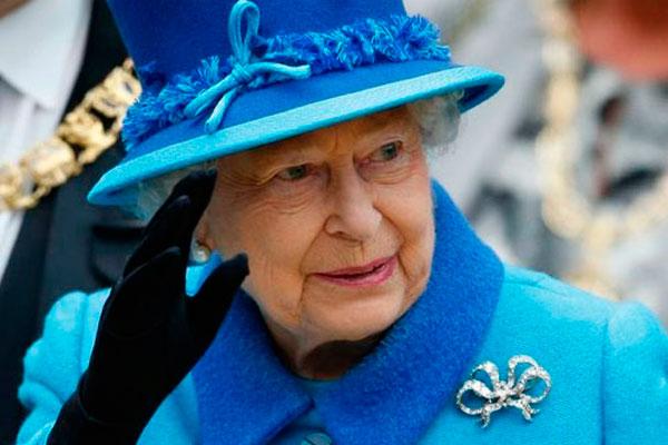 Королева Великобритании Елизавета Вторая.