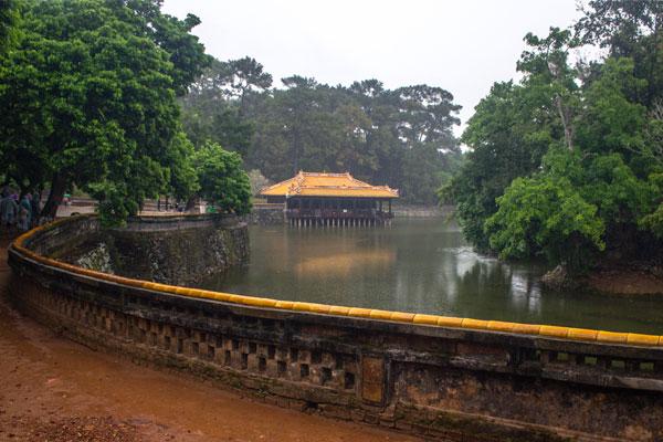 Гробница императора Ты Дыка (Lăng Tự Đức). Вьетнам.