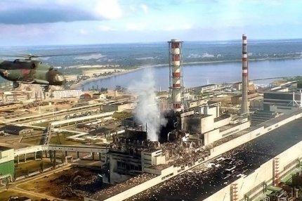 Авария на Чернобыльской АЭС, разрушенный ядерный реактор четвертого энергоблока