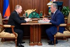 Владимир Путин на встрече с врио Главы Республики Коми Сергеем Гапликовым.