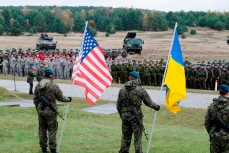 В Киеве признались в совместной с НАТО подготовке к войне за Крым