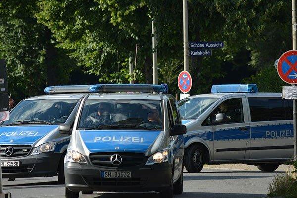 Порядка тысячи полицейских ориентированы  вГамбург дополнительно всвязи спротестами