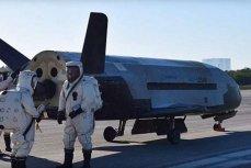 Орбитальный самолет X-37B.