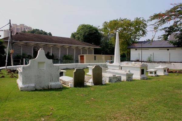 Голландское кладбище в Малакке.