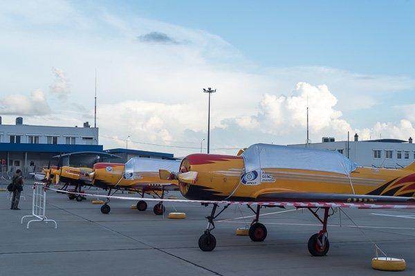 Самолёты пилотажной группы«Первый полёт» на стоянке в аэропорту Геленджика