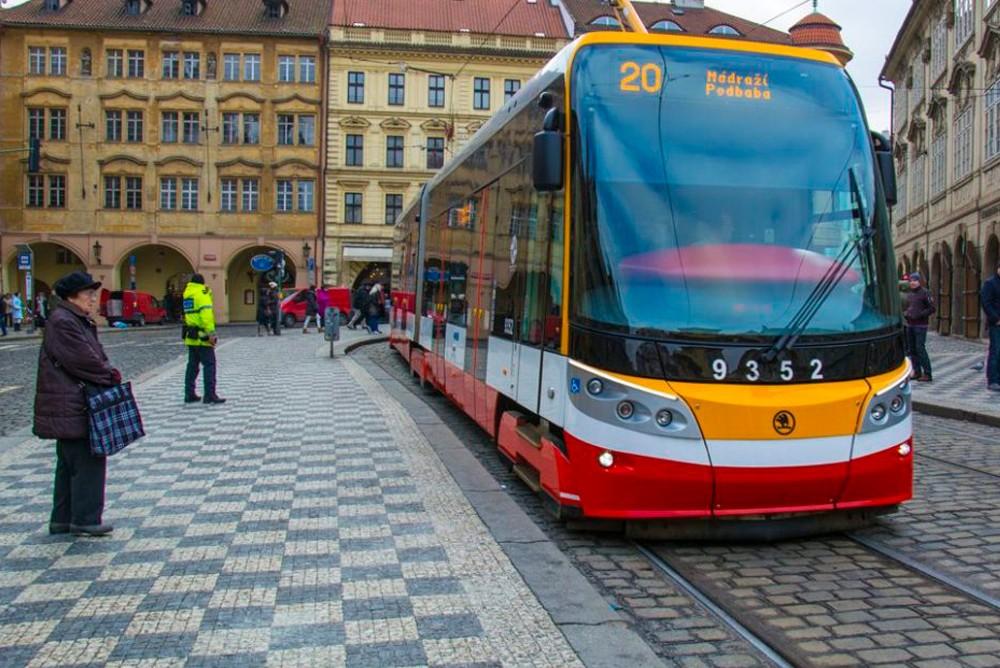 Городской, пражский трамвай