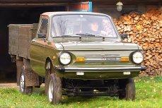 Александр Городисский за рулем своего изобретения - грузового «Запорожца»