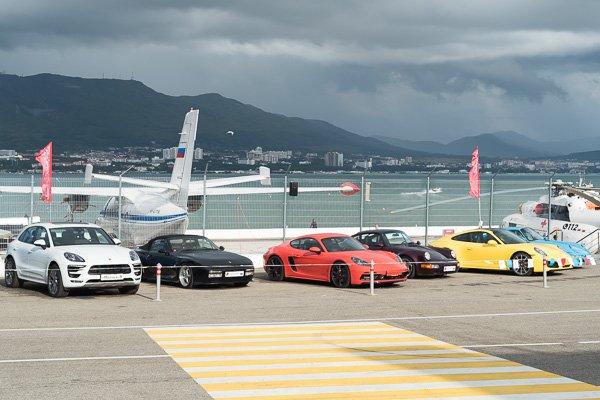 Экспозиция автомобилей немецкой марки Porsche