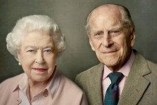 Королева Великобритания Елизавета II и принц Филип.
