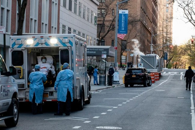 В США количество инфицированных COVID-19 превысило миллион