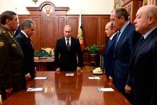 Владимир Путин провёл совещание, в ходе которого директор Федеральной службы безопасности Александр Бортников доложил о причинах крушения российского пассажирского самолёта.
