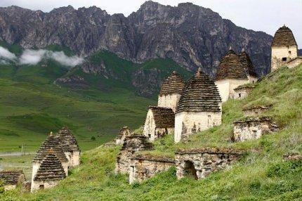 Даргавс и «Город мёртвых»