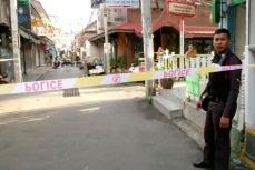 Полиция оградила место теракта в Таиланде.