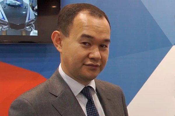 Директор департамента автомобильной промышленности и железнодорожного машиностроения Денис Пак