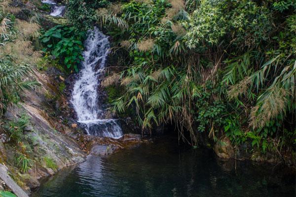 Водопад. Фоннья. Вьетнам.