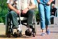 Человек на инвалидной коляске