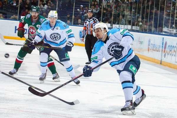 Хоккейный клуб «Сибирь».