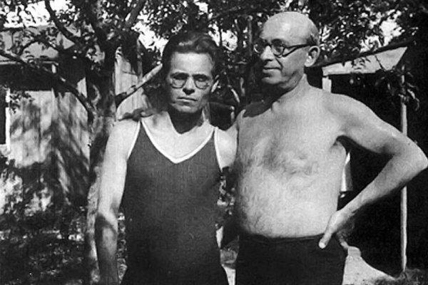Нестор Махно и Александр Беркман, Париж, 1927 год