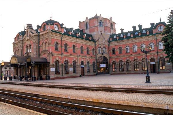 ЖД вокзал в Дебальцево