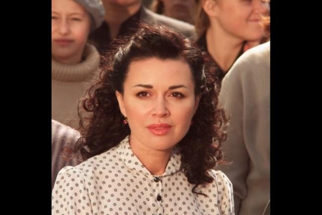 Актрису Анастасию Заворотнюк частично парализовало