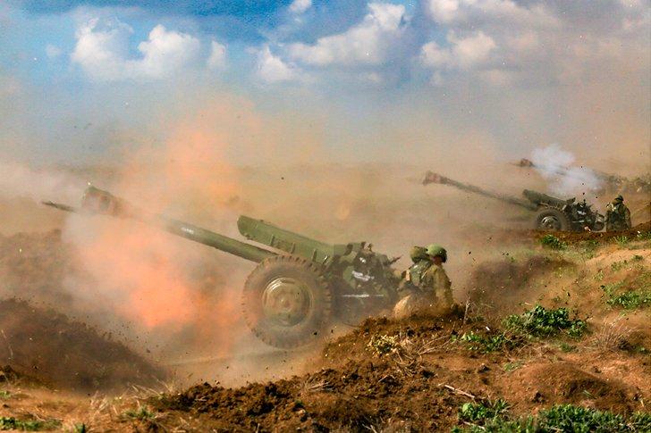 Артиллерийская подготовка на учениях в Крыму