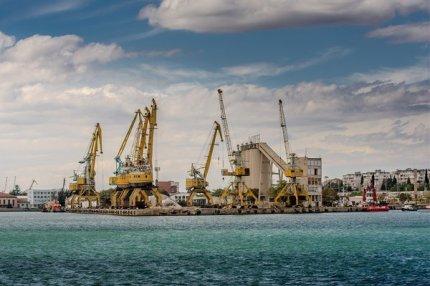 Порт Бургас  в Болгарии