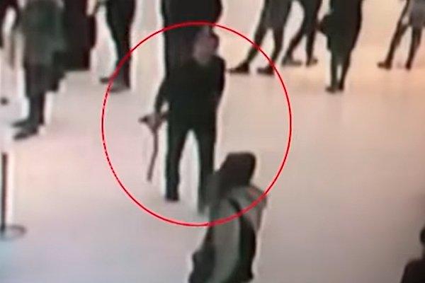 Момент кражи картины из Третьяковской галереи