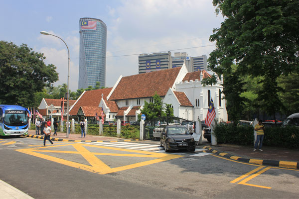 Церковь Девы Марии в Куала-Лумпуре. Малайзия.