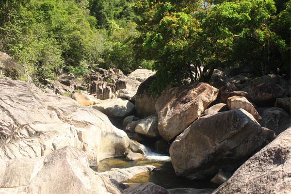 Водопад Ба Хо в Нячанге. Вьетнам.