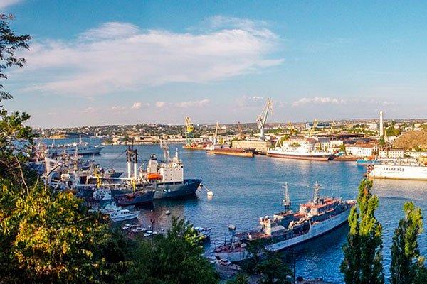 Вид на бухту Севастополя