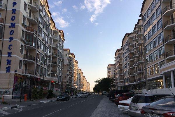 Крымская улица в Геленджике. Новые жилые районы