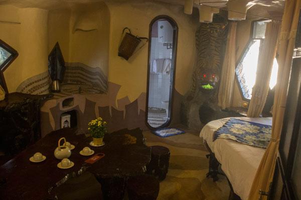 """Необыкновенный дизайн номера в отеле """"Crazy House"""" в Далате."""