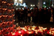 Свечи жертвам теракта в Берлине.