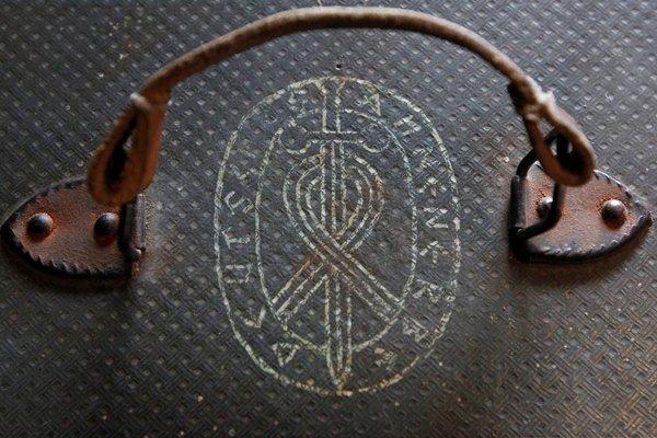 """Официальная эмблема """"Аненербе"""" и сама надпись Besondere Bekl"""