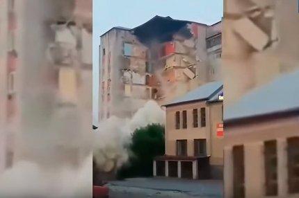 Момент обвала жилого дома в Молдове