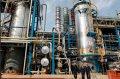 Нефтеперегонный завод в Украине