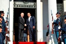 Владимир Путин с Премьер-министром Греции Алексисом Ципрасом.