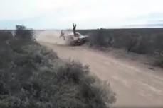 Столкновение мотоцикла с раллийный автомобилем
