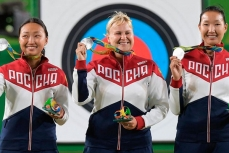 Россиянки Туяна Дашидоржиева, Ксения Перова и Инна Степанова.