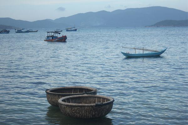 Лодки-корзины «тхунг чай». Нячанг. Вьетнам.