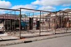 Владельцы сгоревших мест на рынке в Геленджике начали восстановления за свой счет
