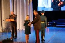 Медсёстры ЦВО награждены медалями Минобороны России.