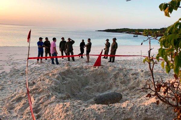 Американская 500-фунтовая бомба обнаруженная на туристическом острове Игуана (бывший полигон США)