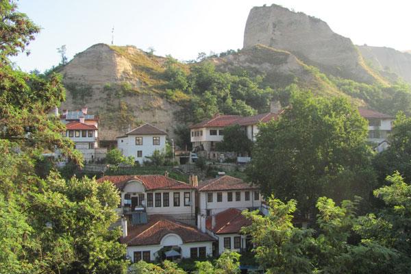 Город Мелник в Болгарии.